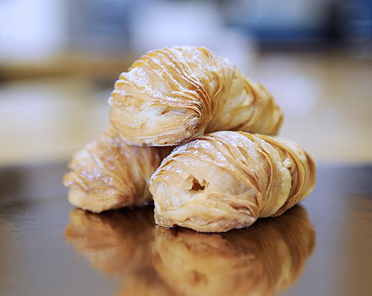 Aragosta Crema Pasticcera Fenuta Bäckerei