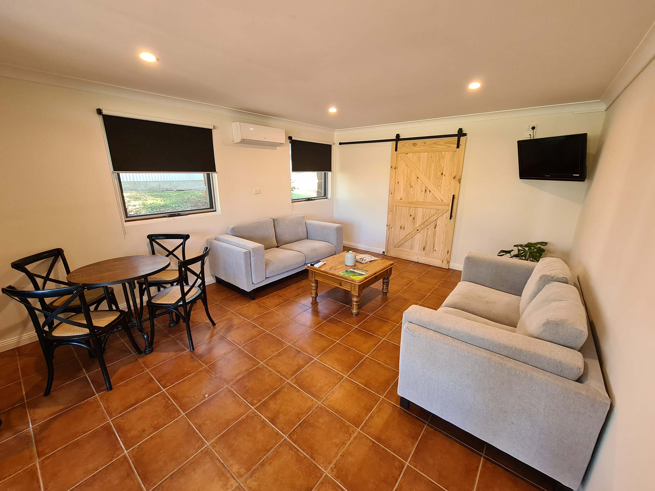 The main living room of The Den at elevation652.