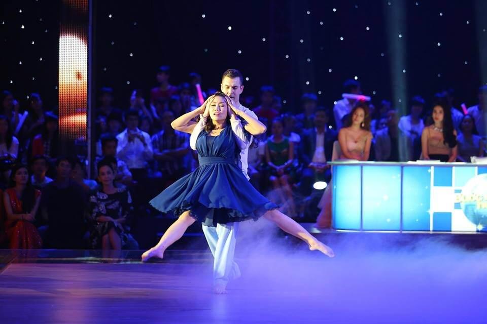 Atanas Malamov Dances with Actress Oc Than Van in Dancing with the stars Vietnam