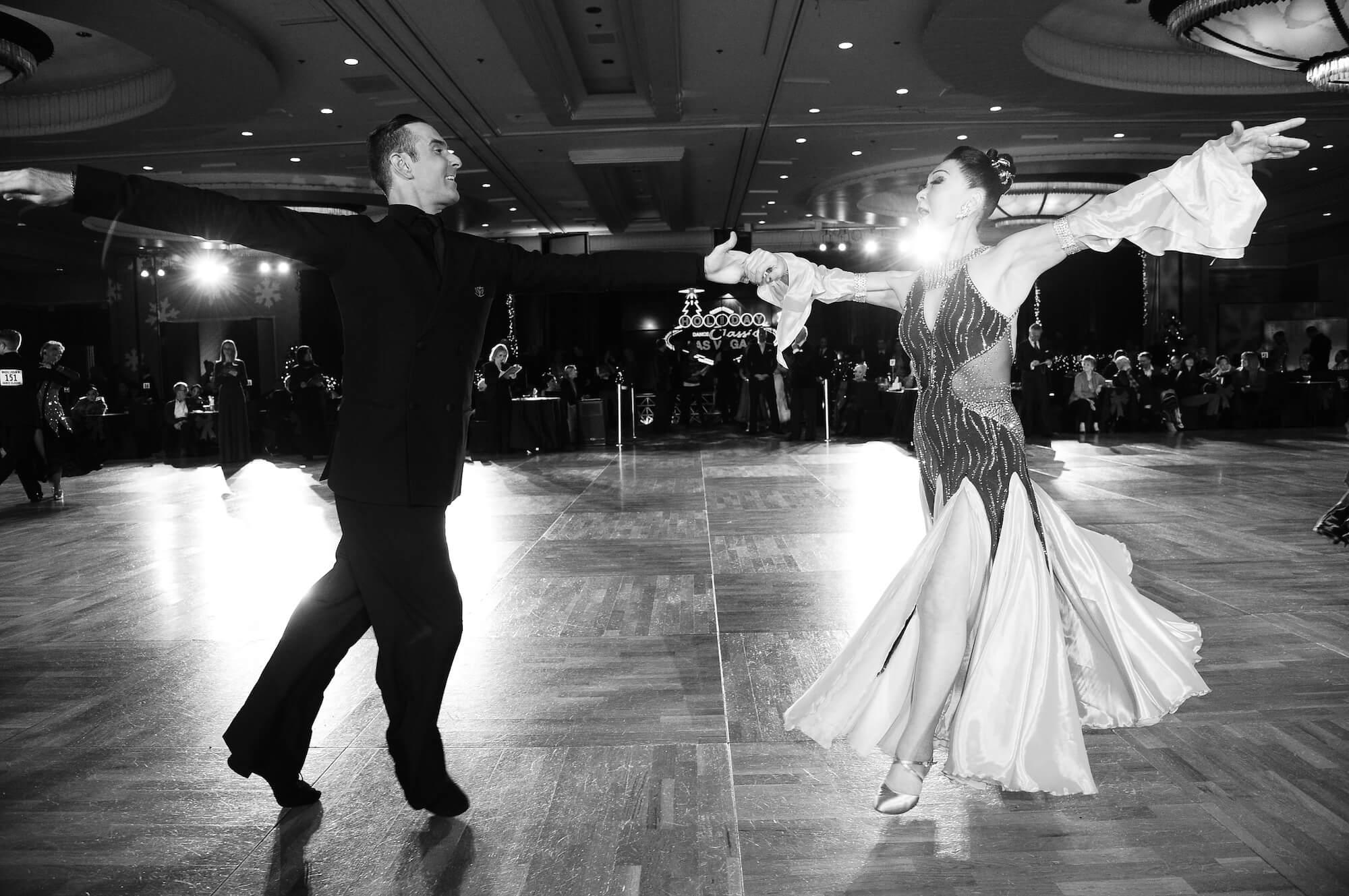 Atanas Malamov dances american smooth at holiday dance classic