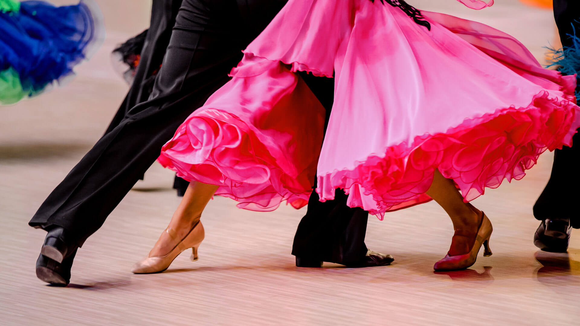 Picture of a ballroom dance couple's footwork in Tango