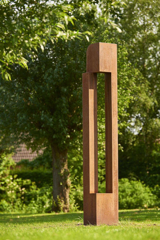 IMG Helen Vergouwen sculpture corten steel alexia werrie gallery outdoor sculpture