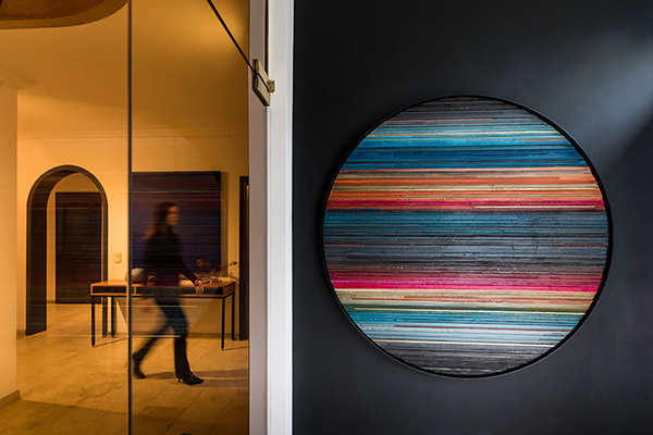 Helene Dawans abstract painting art round colors alexia werrie gallery brussels tervuren belgium