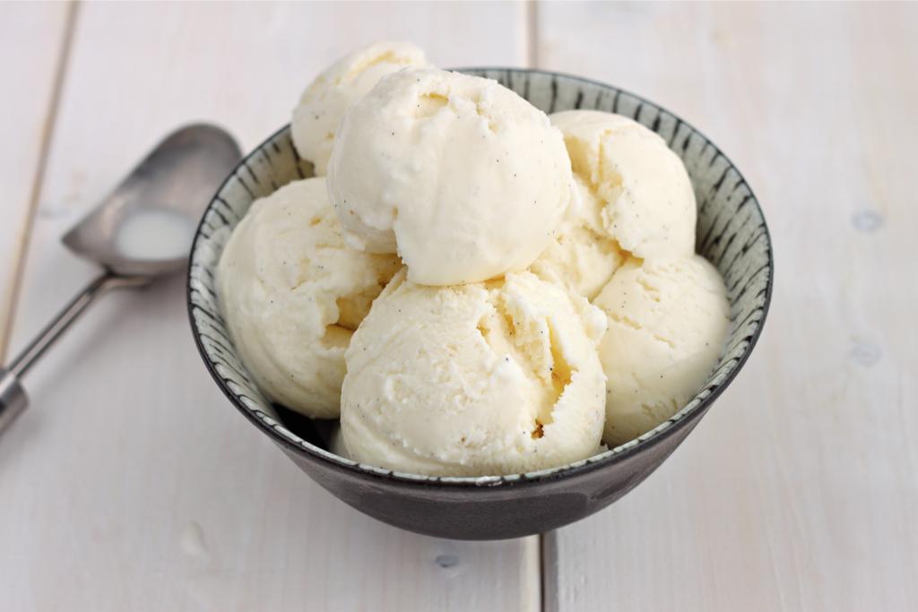 Dipping ice cream