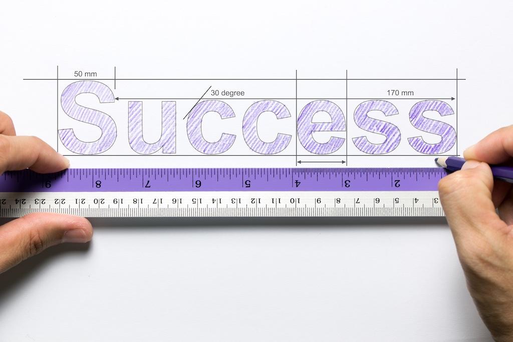 サブスクリプション型ビジネスで用いられるMRR、ARPU、CAC指標