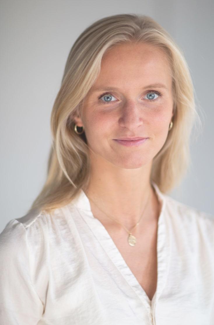 Maria Hoos Portrait
