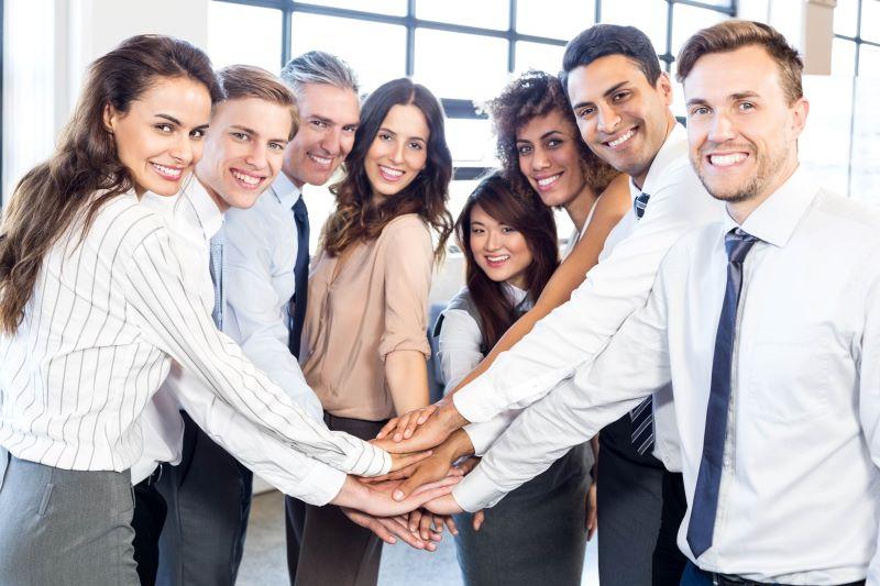 Palkkaa henkilöstöä liiketoiminnan laajentamiseksi