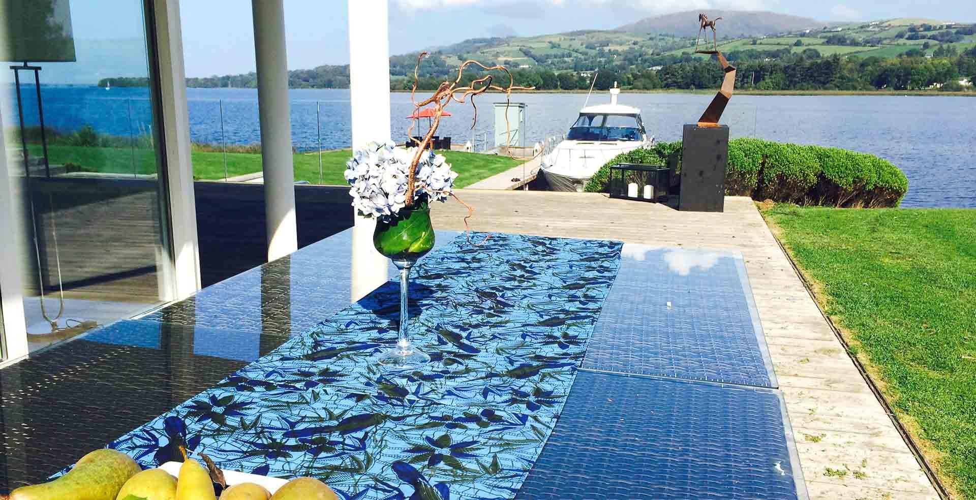 Secret Ireland Escapes_Home Exp.-Modern01-Lakeside Villa