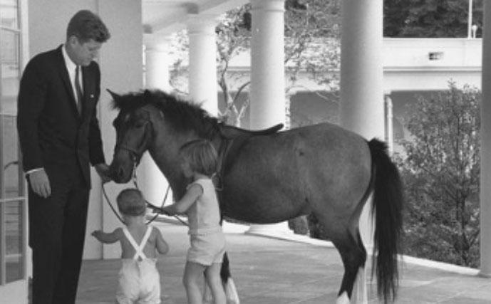 John F. Kennedy and the family pony, Macaroni