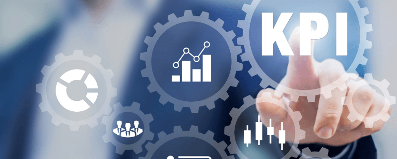 man viewing KPI