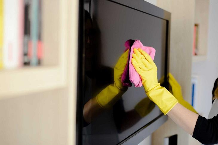 Những sai lầm người dùng thường mắc phải khi vệ sinh Tivi5