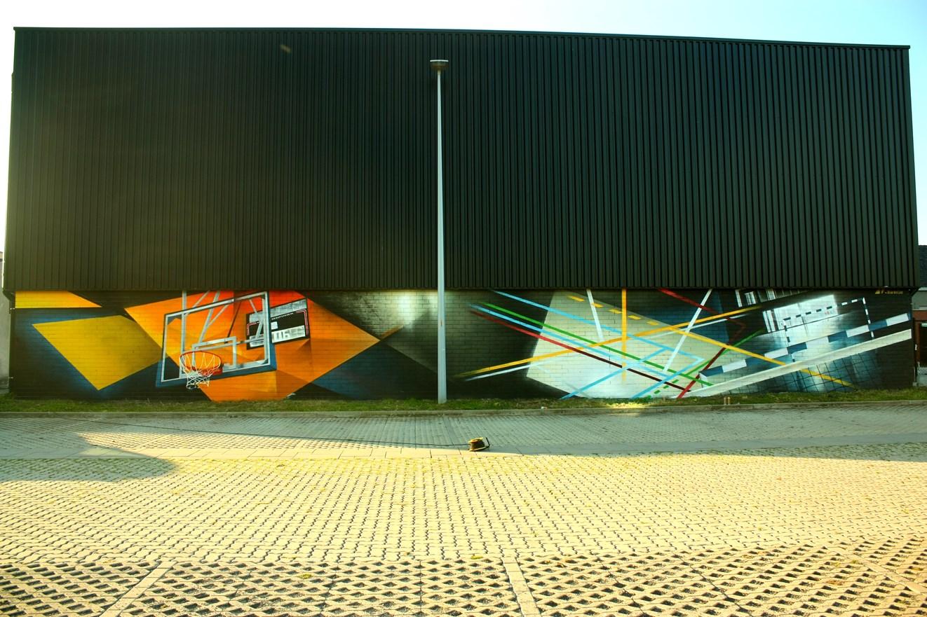 Muurschilderij parking sporthal