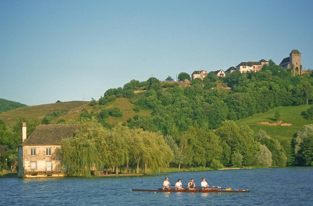 Aviron sur le lac du Causse en Corrèze