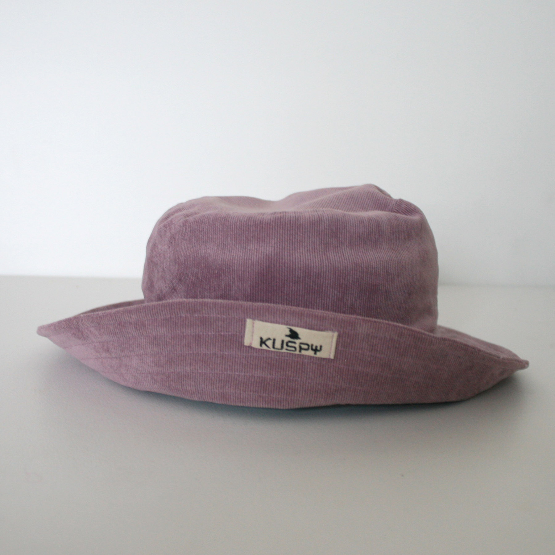 "Sombrero ""Pana malva suave"""
