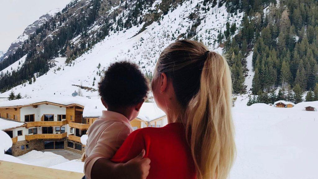 nanny-wintersport-travelnanny