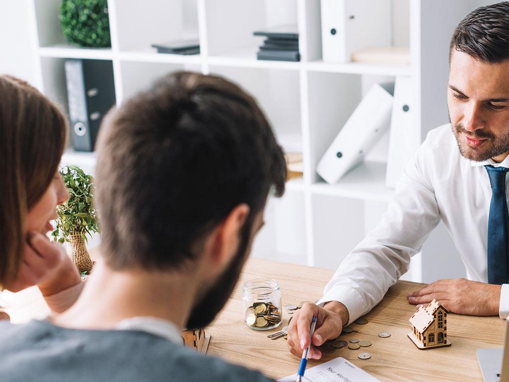 Hypothek:Schätzen Sie vor dem Kreditgespräch den Marktwert des Hauses oder der Wohnung mit unserer Immobilienbewerung.