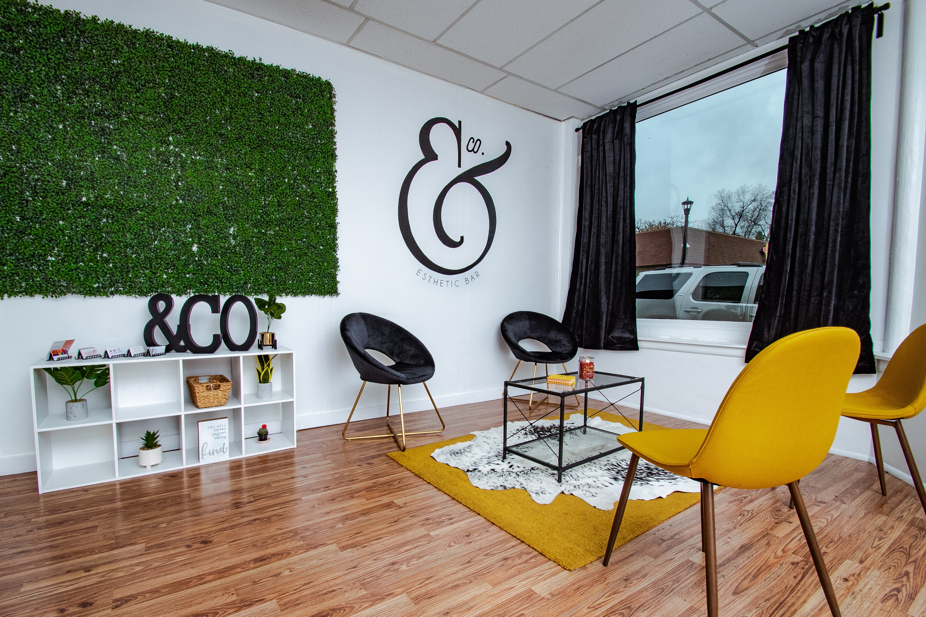 & Company Esthetic Bar Lounge
