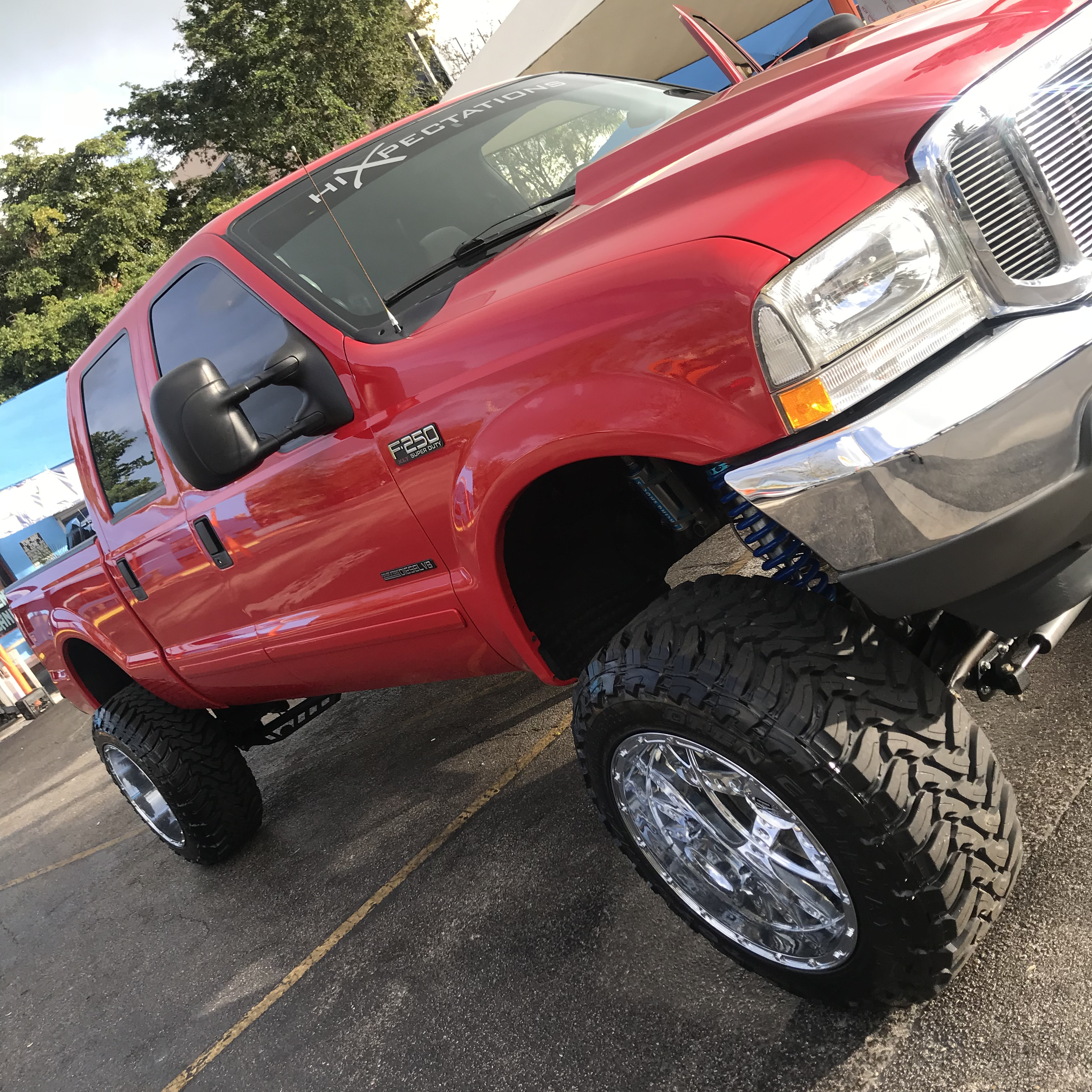 Truck detailing service in MIami with steamer