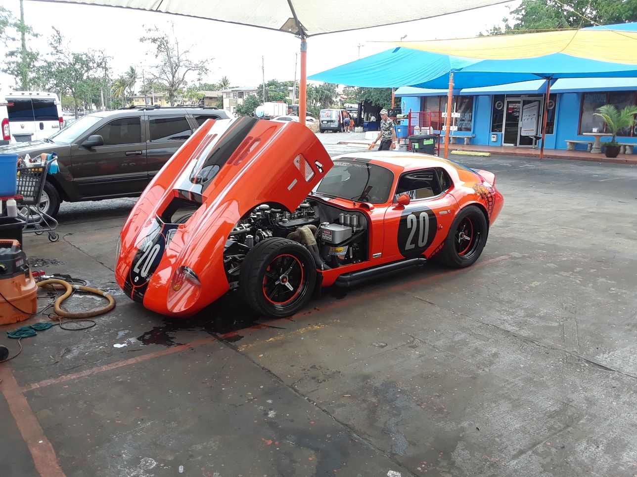 Professional detailing of anique cars in Miami