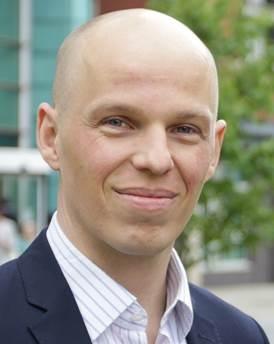 Dr. Oliver Laasch