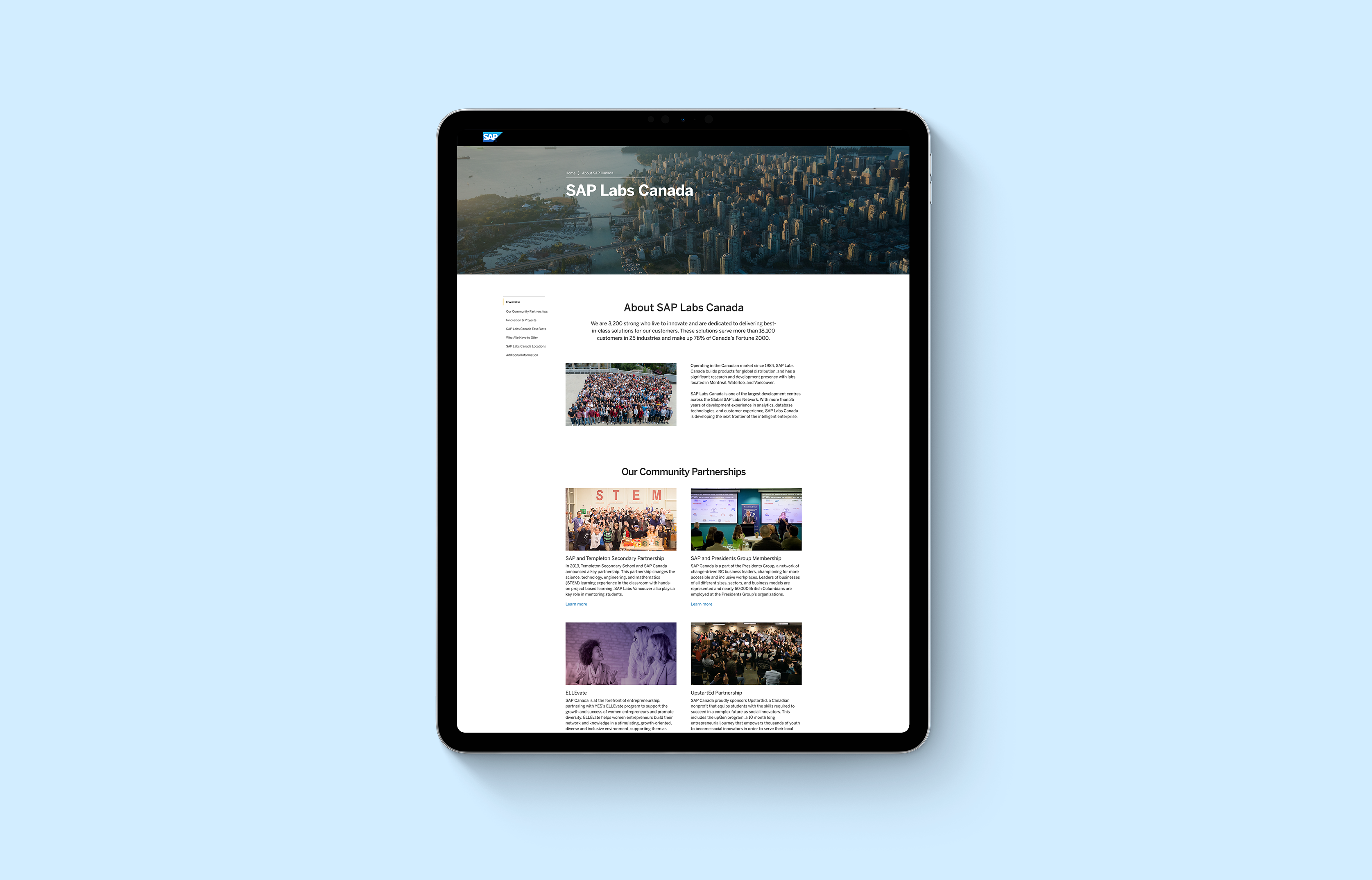 MacBook mockup with landing page