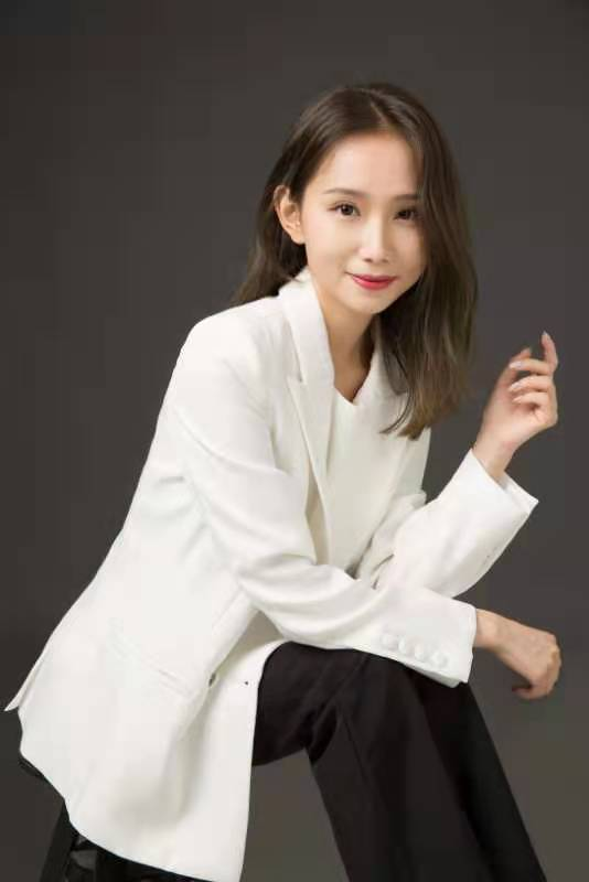 Caroline Zhang AP Hospitality Advisors