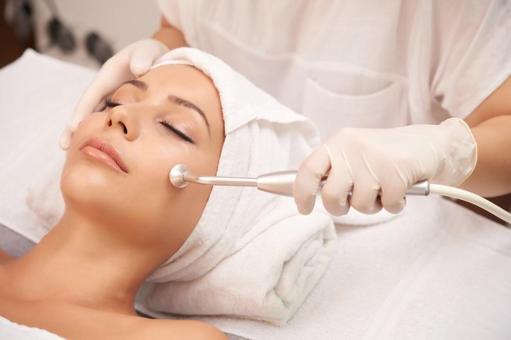Ampuhkah Terapi Laser untuk Hilangkan Flek Hitam?