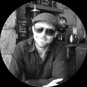 I'm Dave, Manchester based Graphic Designer and HTML Email Developer.