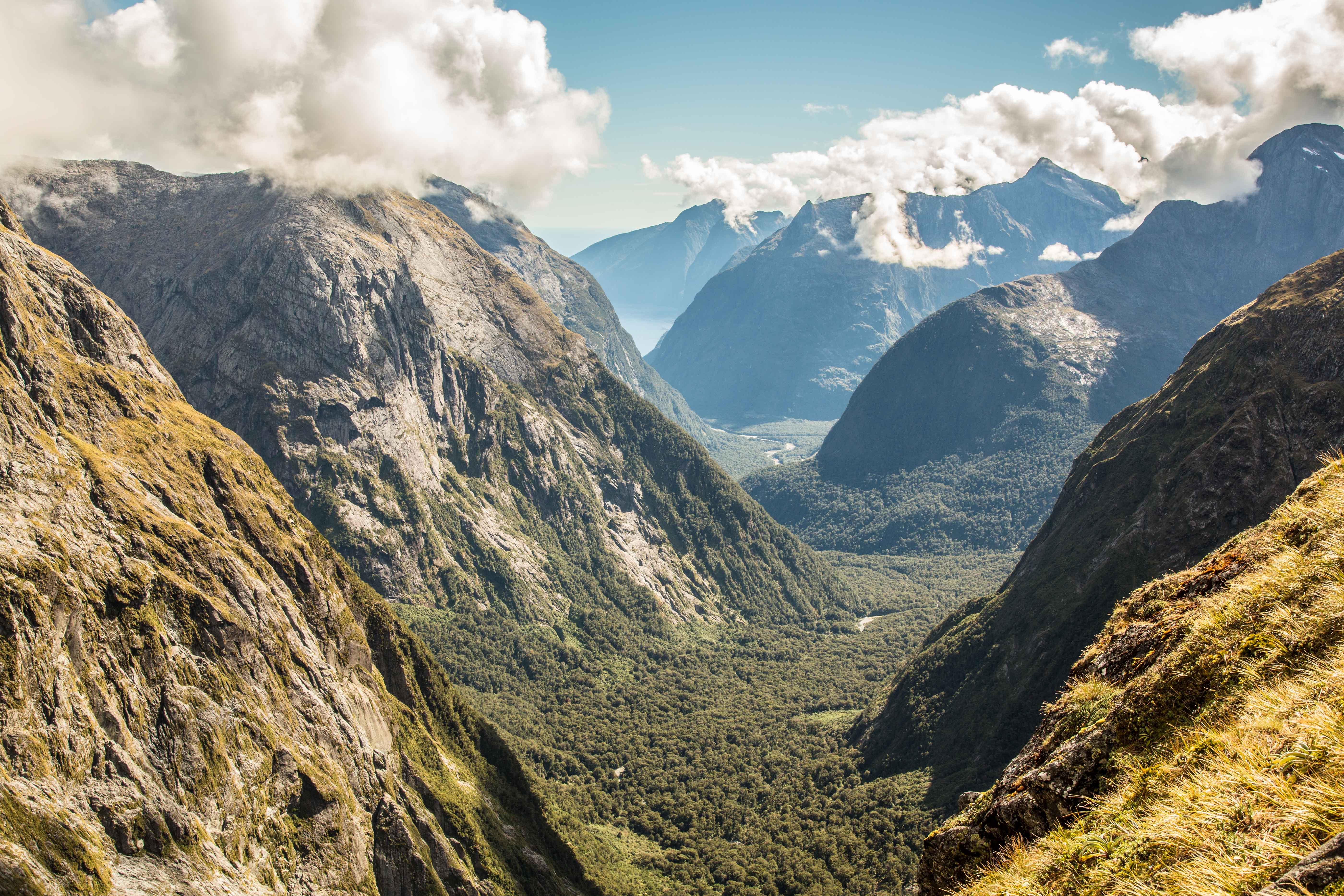 photo of new zealand mountain ranges