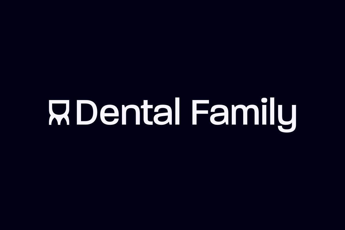 Logo Dental Family sur fond noir