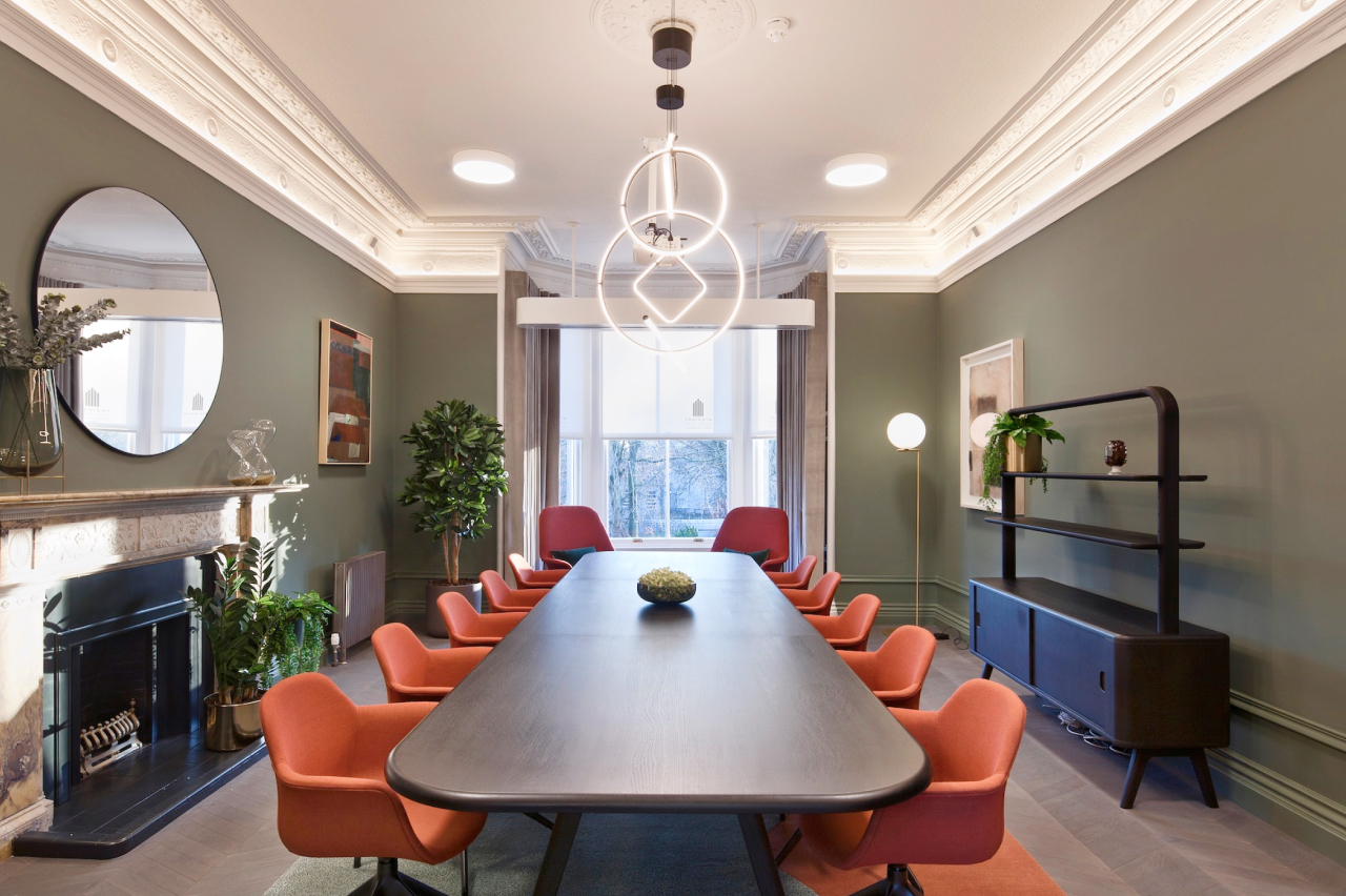 Why Clippings is your go-to partner for office furniture