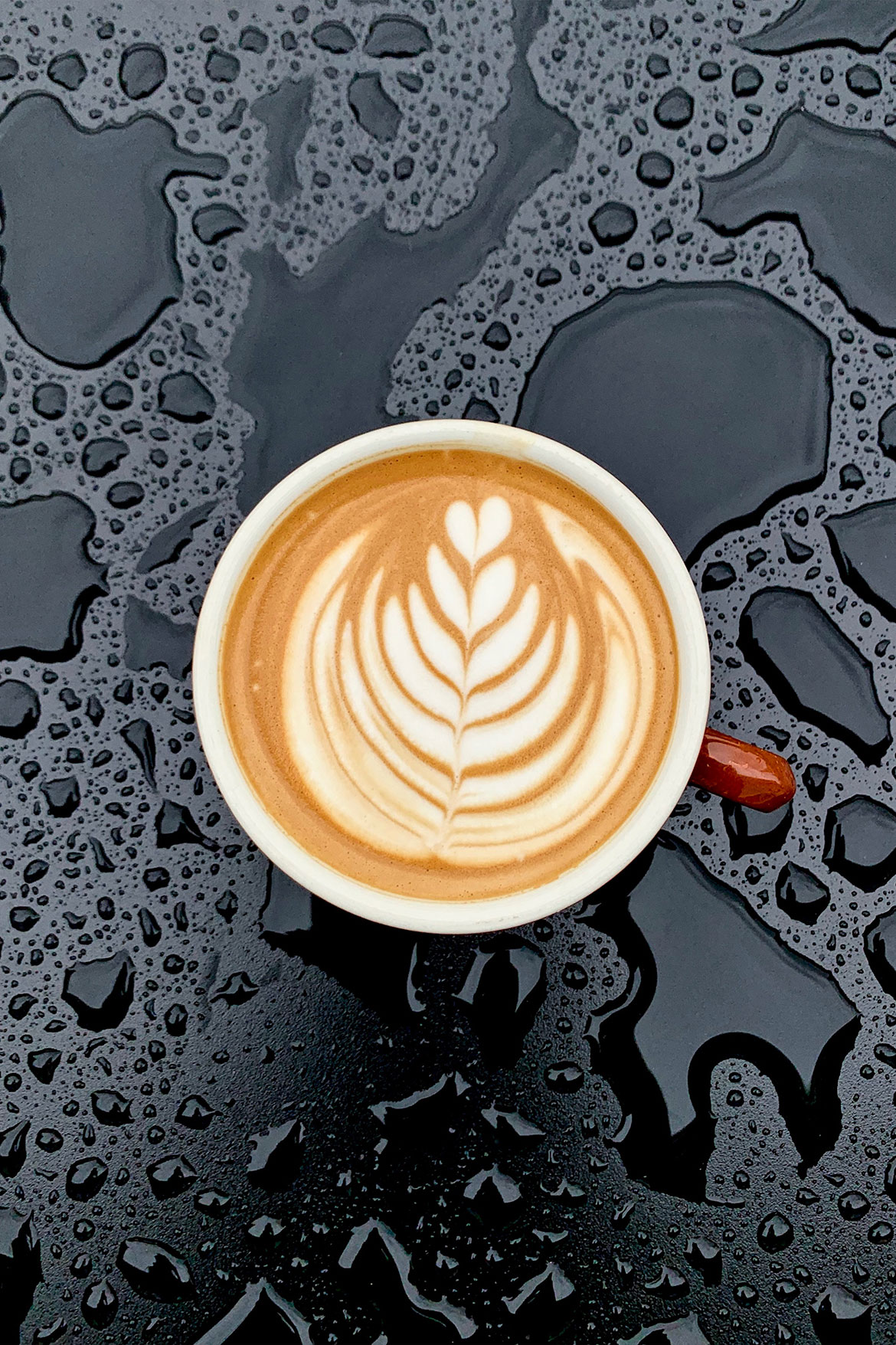 Latte art with rain