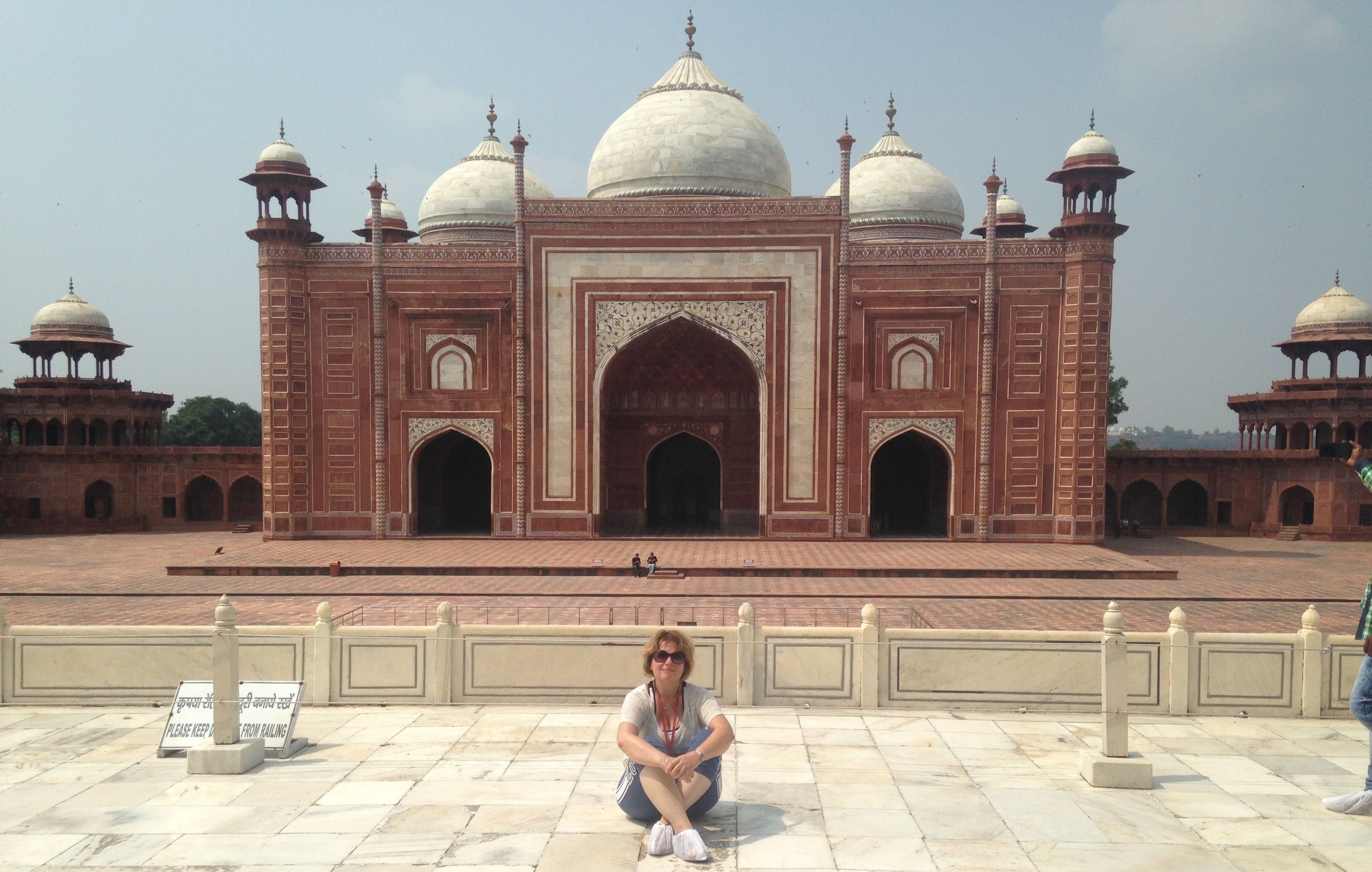 TRANSFORMATIVE TRIP TO INDIA. Including Golden Triangle with FREE STOPOVER IN DUBAI