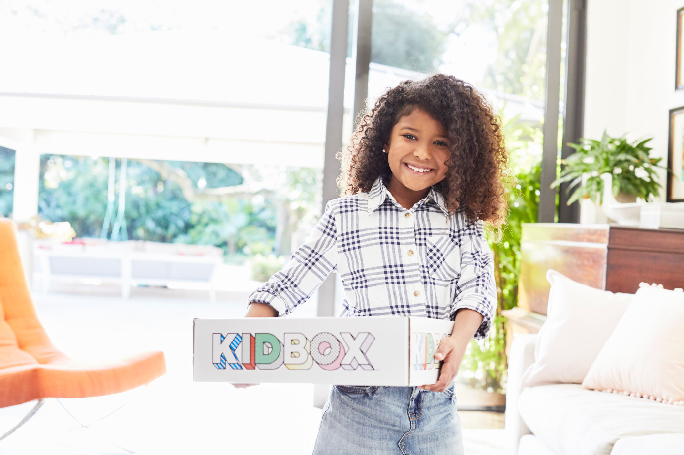 Kidbox raises $15.3 million for its personalized children's clothing box