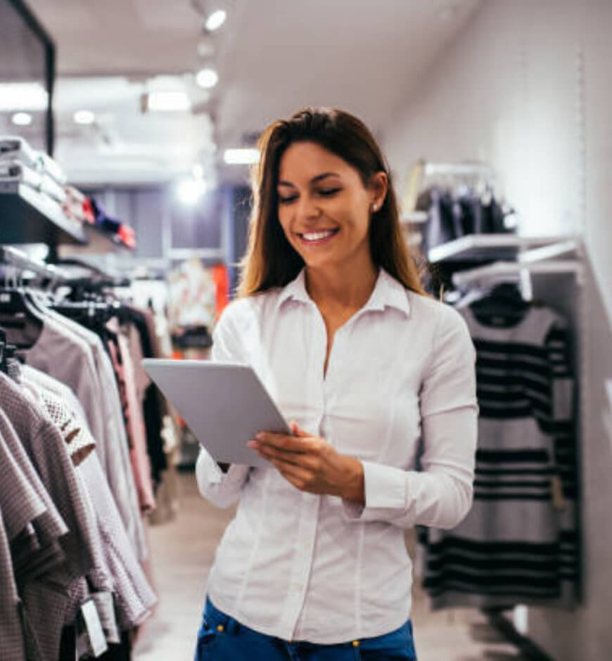 Retail Sales Fashion Retailer using SimpliField on digital device