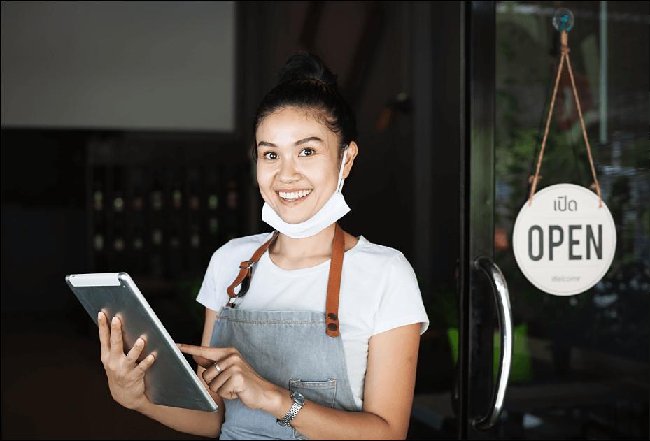 Restaurant host using SimpliField