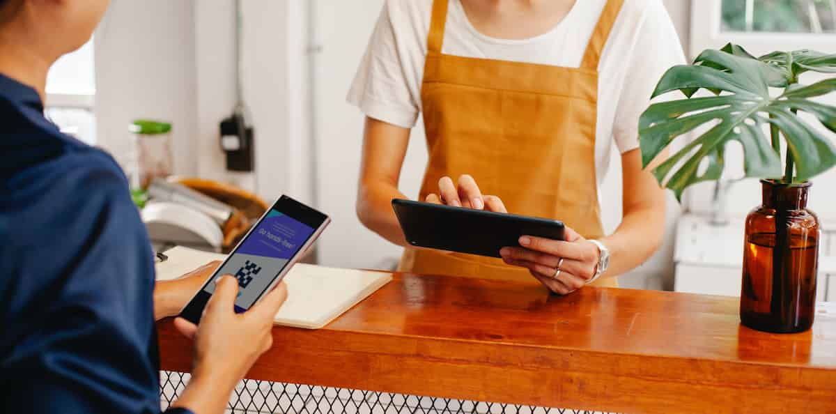 retail employee growth