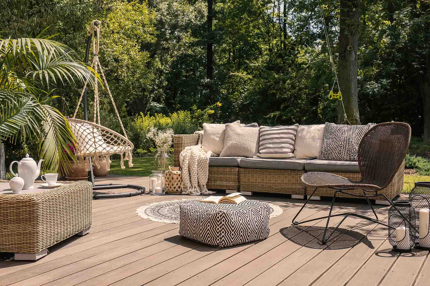 When you are investing in something new there are always questions that will arise, and it's no different when it comes to composite decking... that's where we come in!