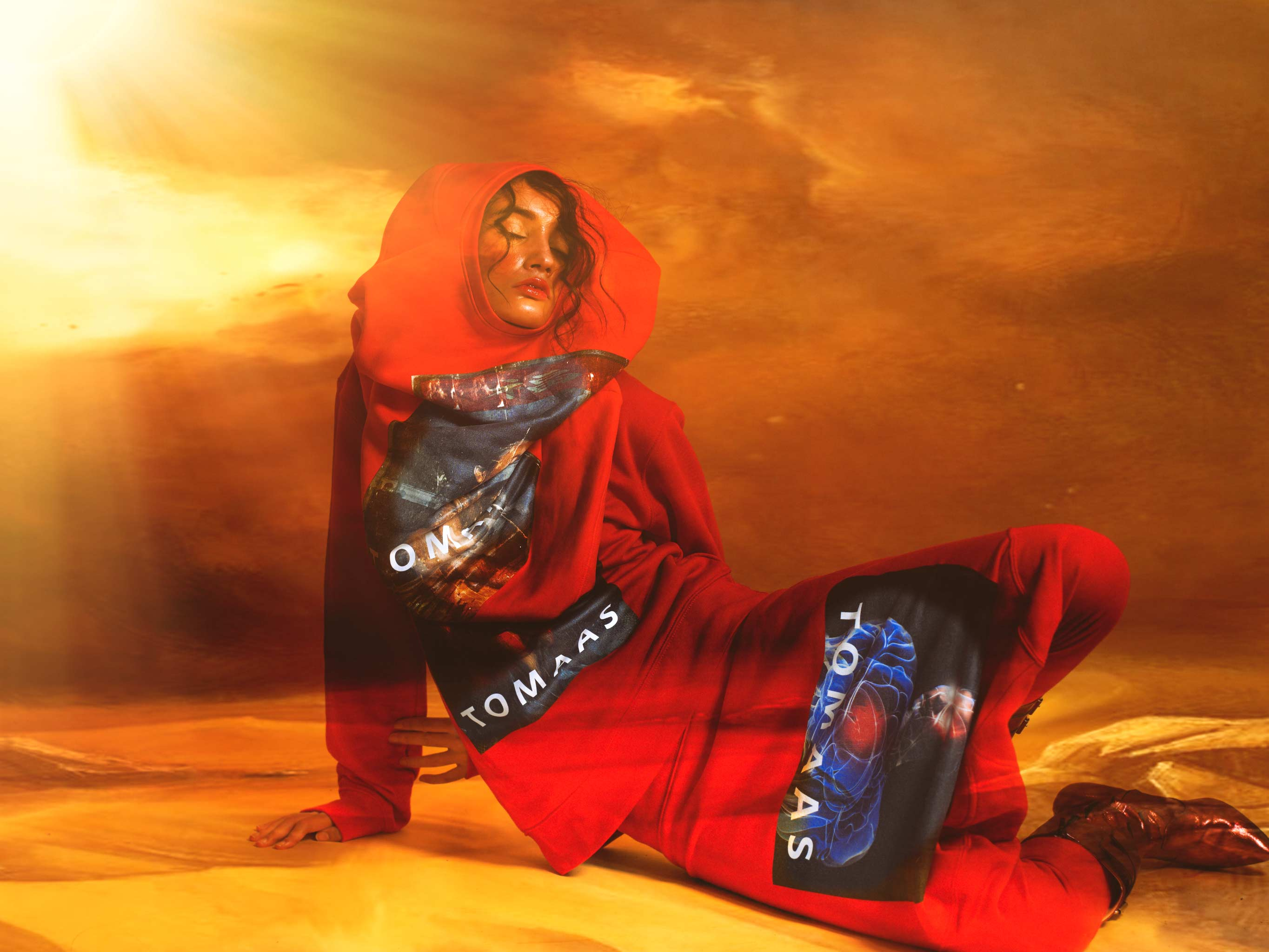 t shirt and Sweatshirt  : tomaas shoes : seyit .ares