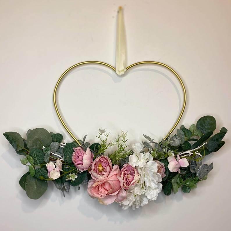 Mother of Grom Valentines . Valentine Wreath !