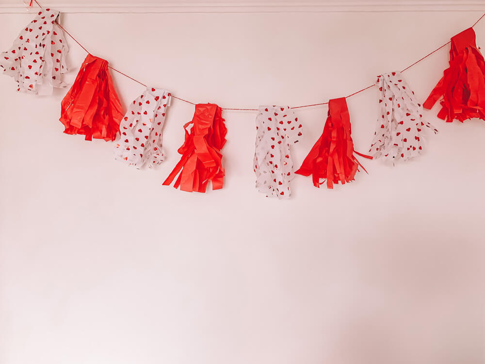 Mother of Grom Valentines - Love Bunting ? Decorate !