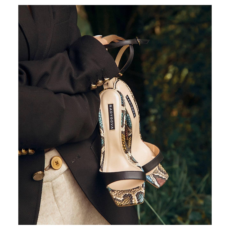 Увага до деталей...  Босоніжки з натуральної шкіри на підборі 9см.  2700₴  #sadygovaheels #sadygova #incredibleshoes #босоножки #босоніжки #sandals