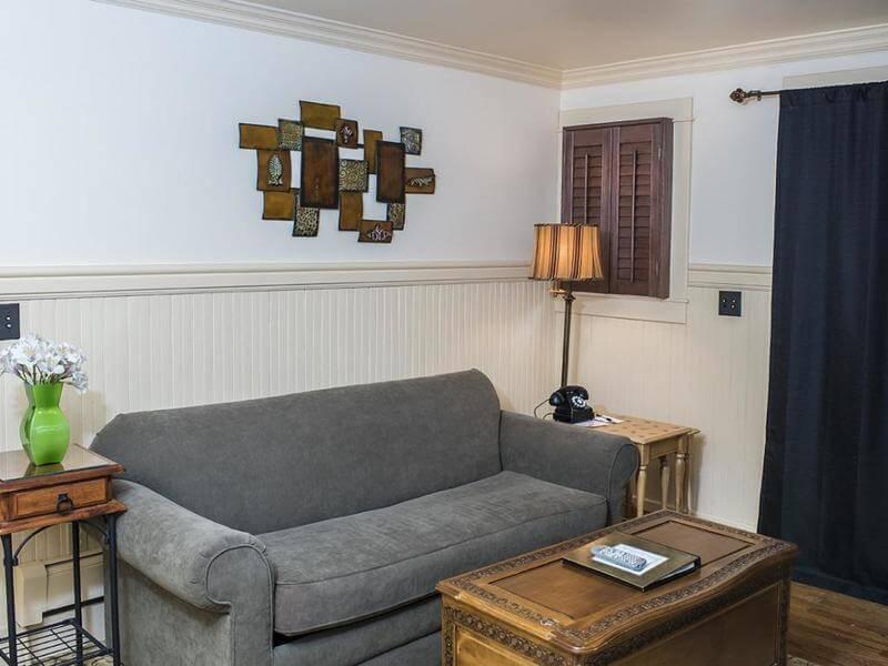 Garden apartment at the Chamberlin inn