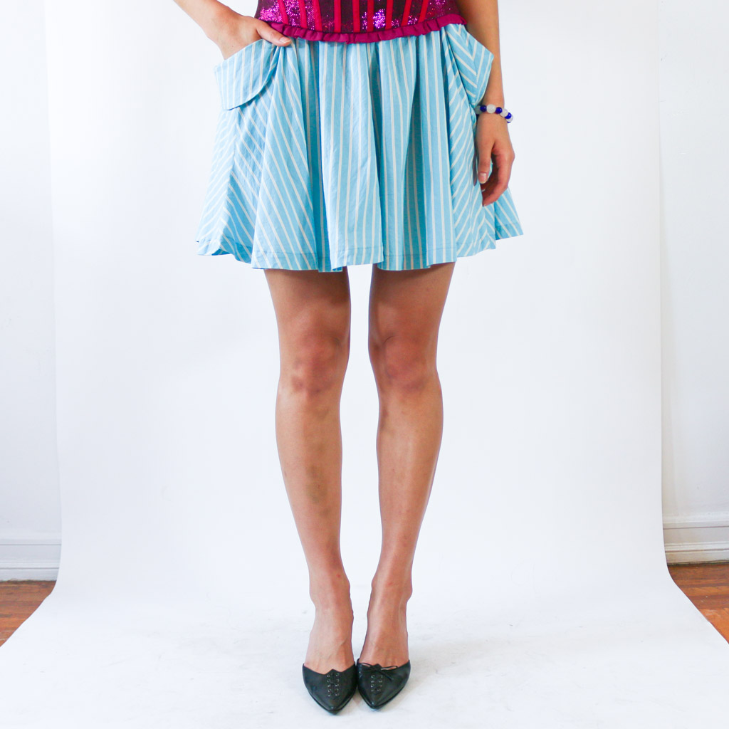 Who doesn't love a skirt with big pocket? More pockets, more treasures to keep on you. This beauty is just as comfortable as your favorite pair of shorts.
