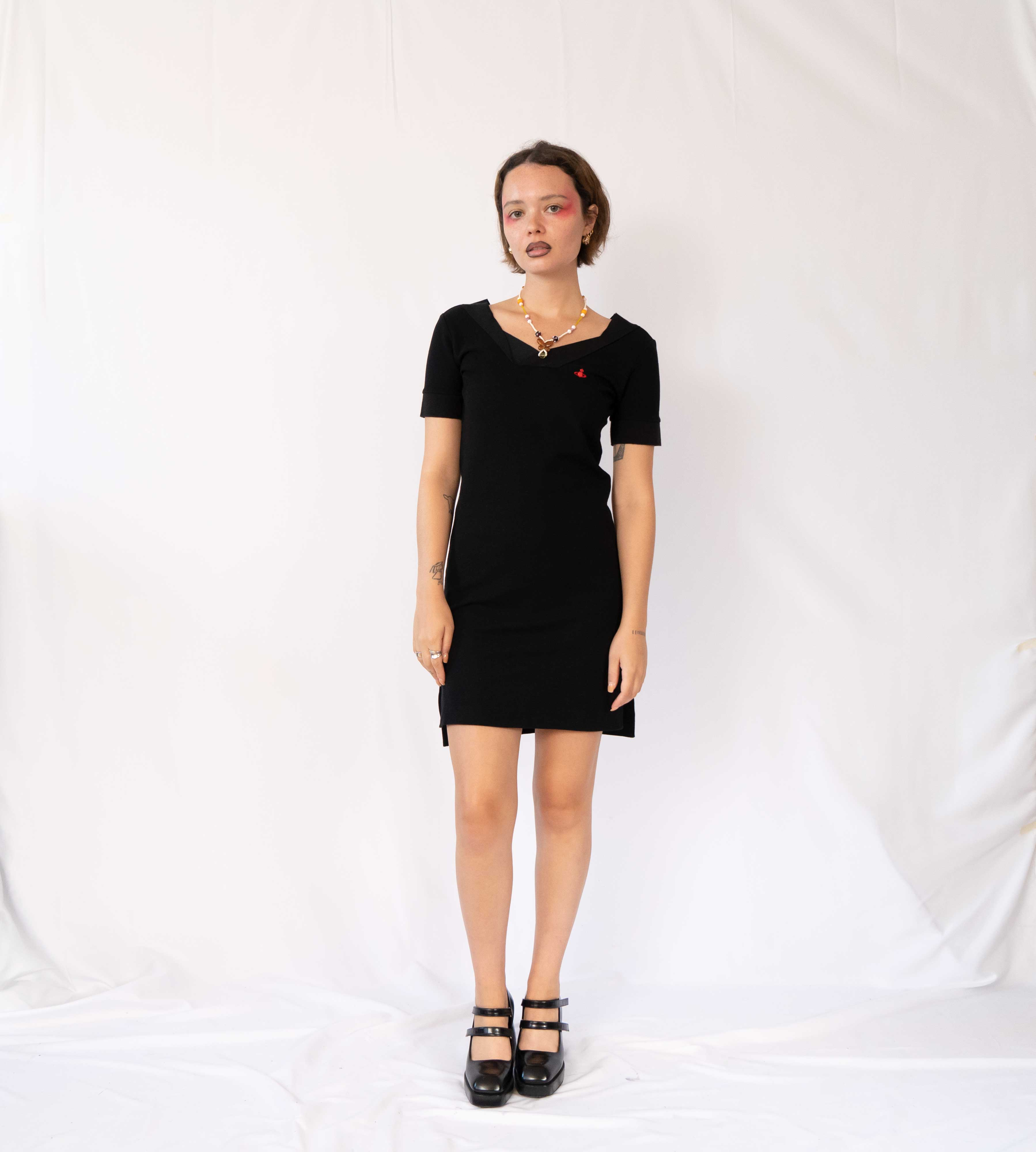 Everyone needs a little black dress. Keep things mysterious with this perfect mini, featuring two slits on the sides, giving you extra mobility.