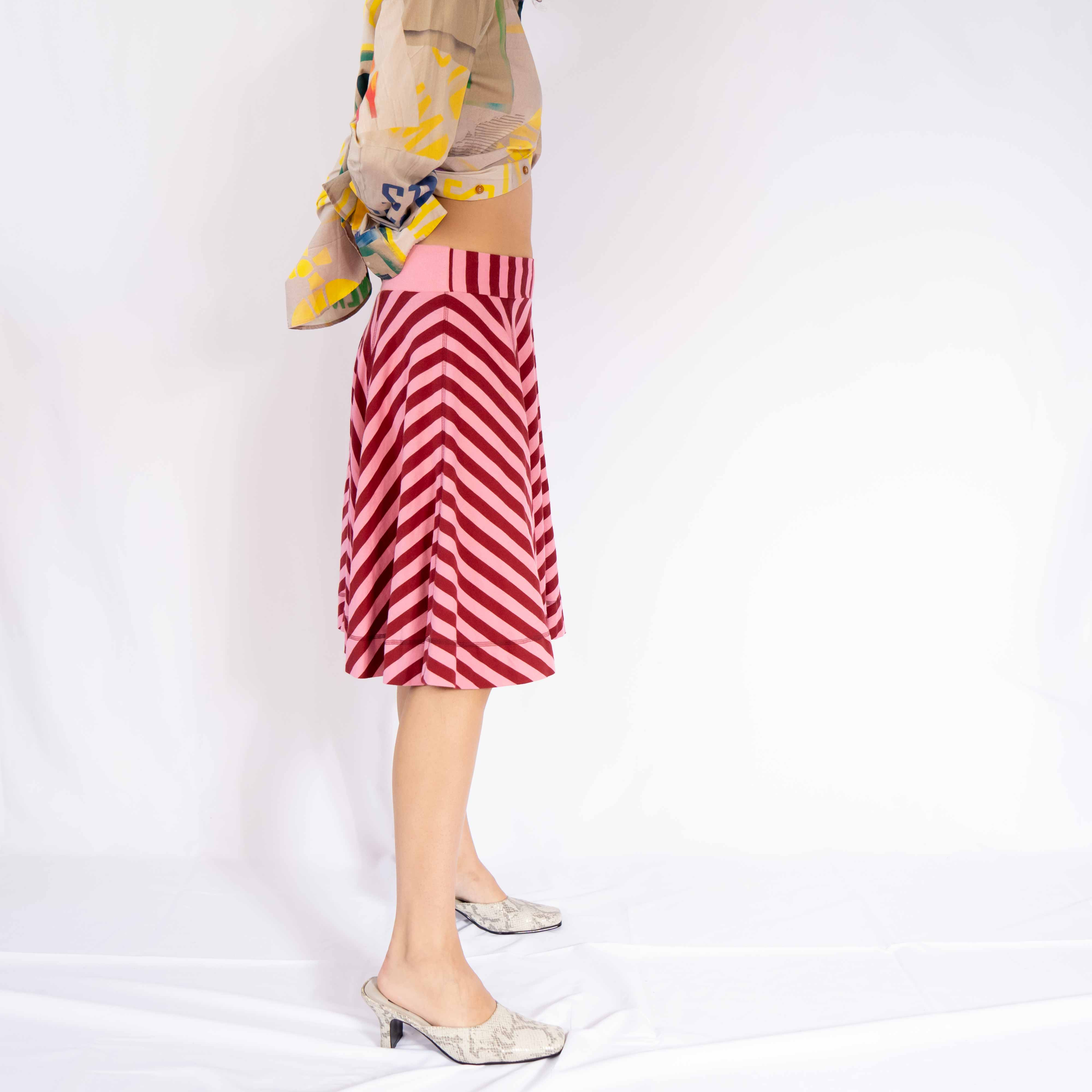 This is what I call the perfect ballerina-off-duty skirt. Wear this gorgeous piece with leotard or a button up for a romantic journey.