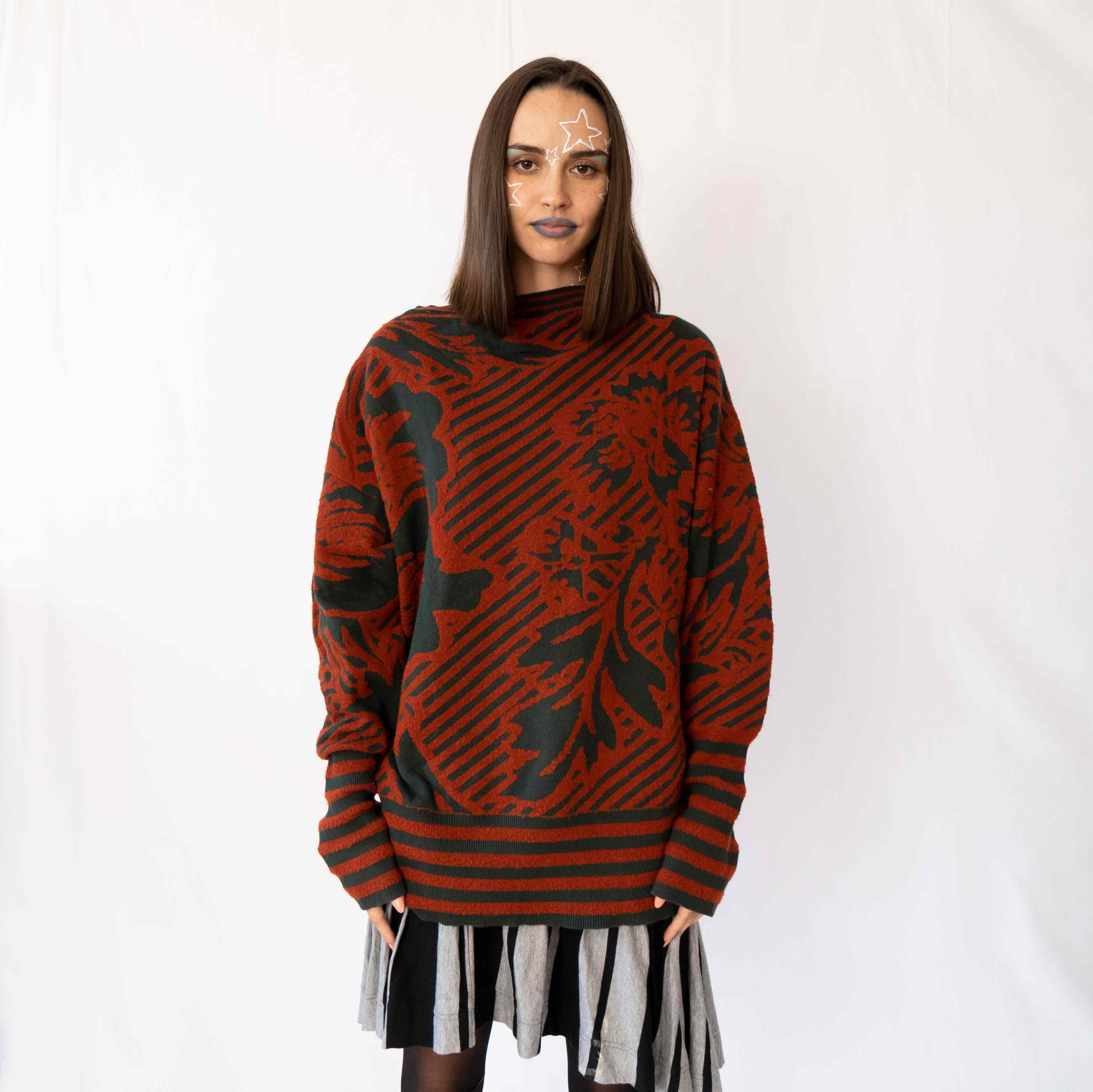 This sweater will feel like a big hug during these chilly seasons approaching. Stay out of the cold air with this stunning piece.