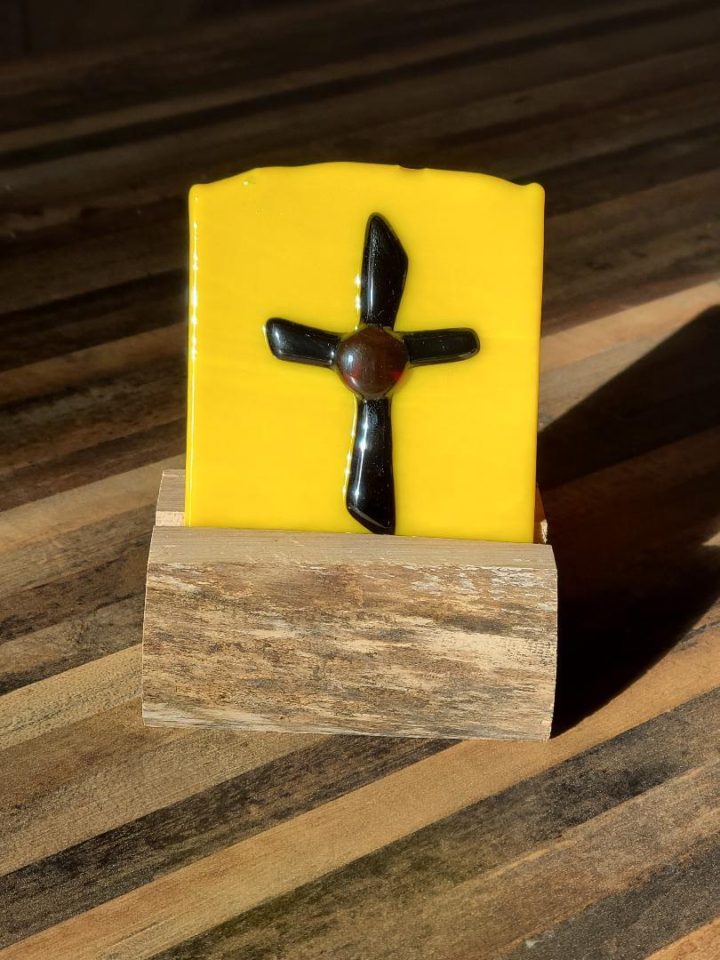 Small Cross on yellow