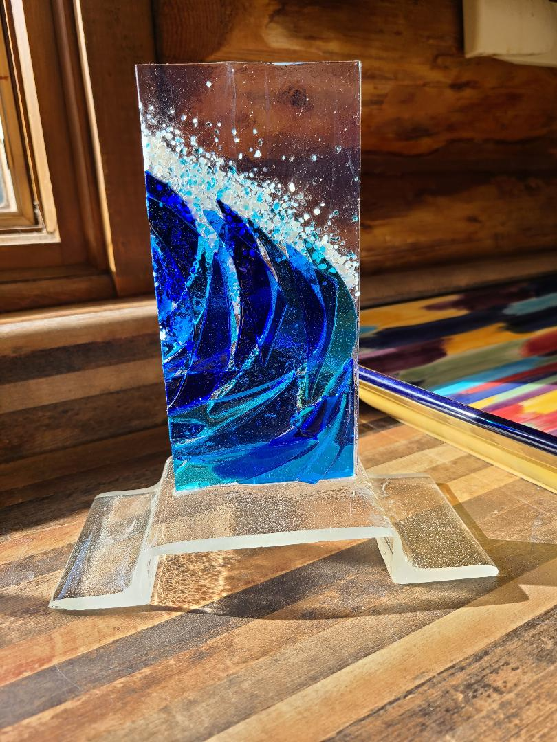 Wave on a Stand