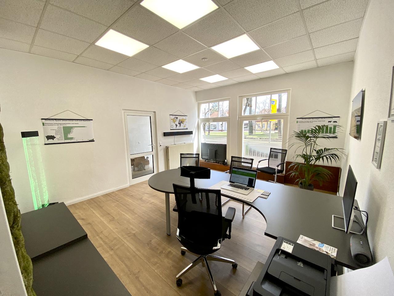 Büro in Lübtheen für Kredit